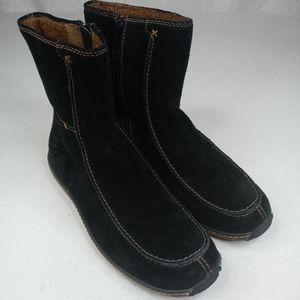 Timberland women's waterproof black leather boots.